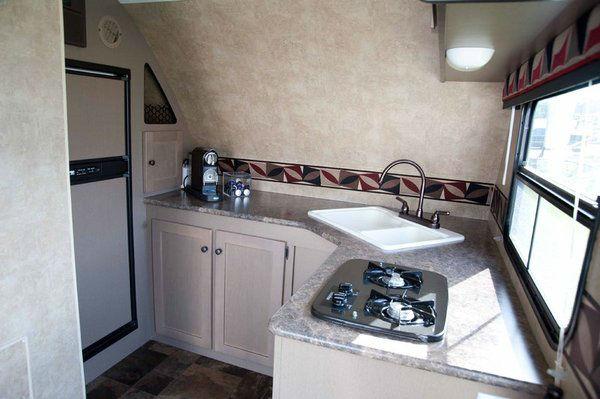 wohnwagen hauler trailer mxt mit laderampe marktplatz. Black Bedroom Furniture Sets. Home Design Ideas
