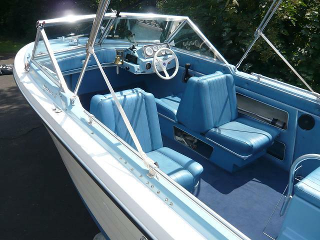 gebrauchte sportboot typ traveler usa zu verkaufen. Black Bedroom Furniture Sets. Home Design Ideas