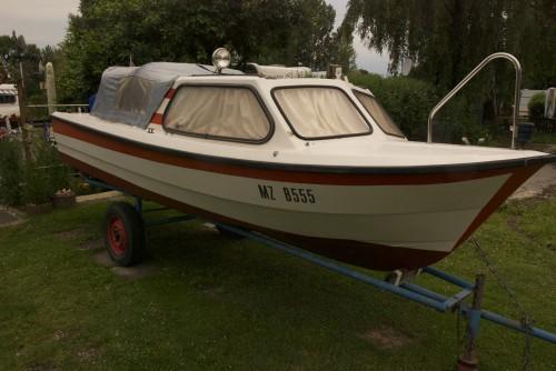 rnvik 510 motorboot 60ps mit hafentrailer marktplatz. Black Bedroom Furniture Sets. Home Design Ideas