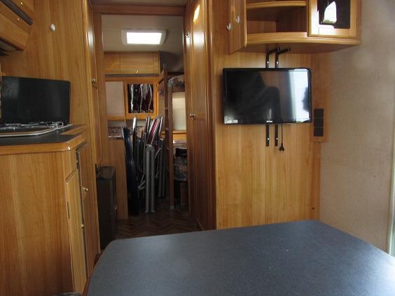 wohnwagen wilk 560 kinderzimmer etagenbett marktplatz freizeit. Black Bedroom Furniture Sets. Home Design Ideas