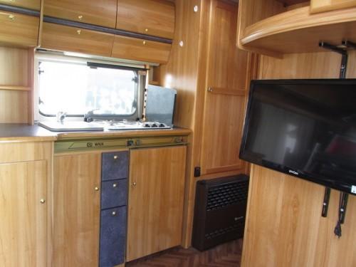 Wohnwagen Wilk Etagenbett : Der wohnwagen lmc vivo k mit etagenbetten