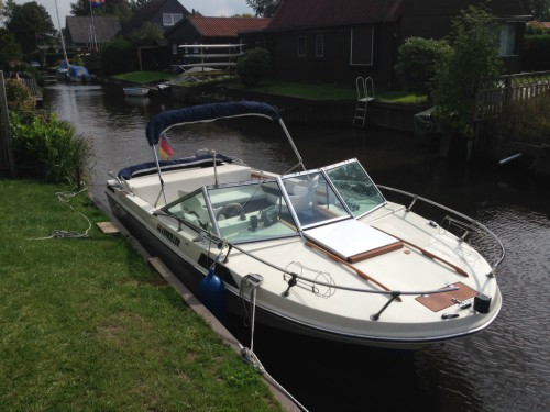 Motorboot Mark Twain Crownline