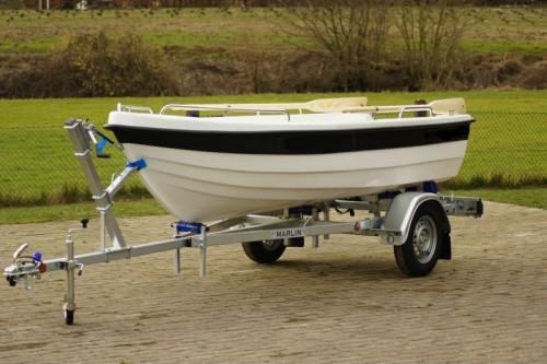 ruderboot angelboot boot 390 sport marktplatz freizeit. Black Bedroom Furniture Sets. Home Design Ideas