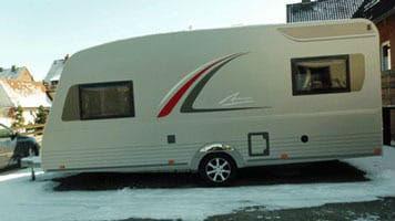 wohnwagen b rstner averso plus 510 tk. Black Bedroom Furniture Sets. Home Design Ideas