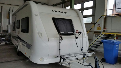 hobby deluxe 490 ul uf marktplatz freizeit gebrauchte boote wohnwagen wohnmobile. Black Bedroom Furniture Sets. Home Design Ideas