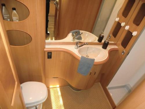 wohnwagen hobby 650 wfu marktplatz freizeit gebrauchte. Black Bedroom Furniture Sets. Home Design Ideas
