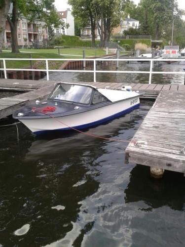motorboot trainer 2 marktplatz freizeit gebrauchte boote wohnwagen wohnmobile. Black Bedroom Furniture Sets. Home Design Ideas