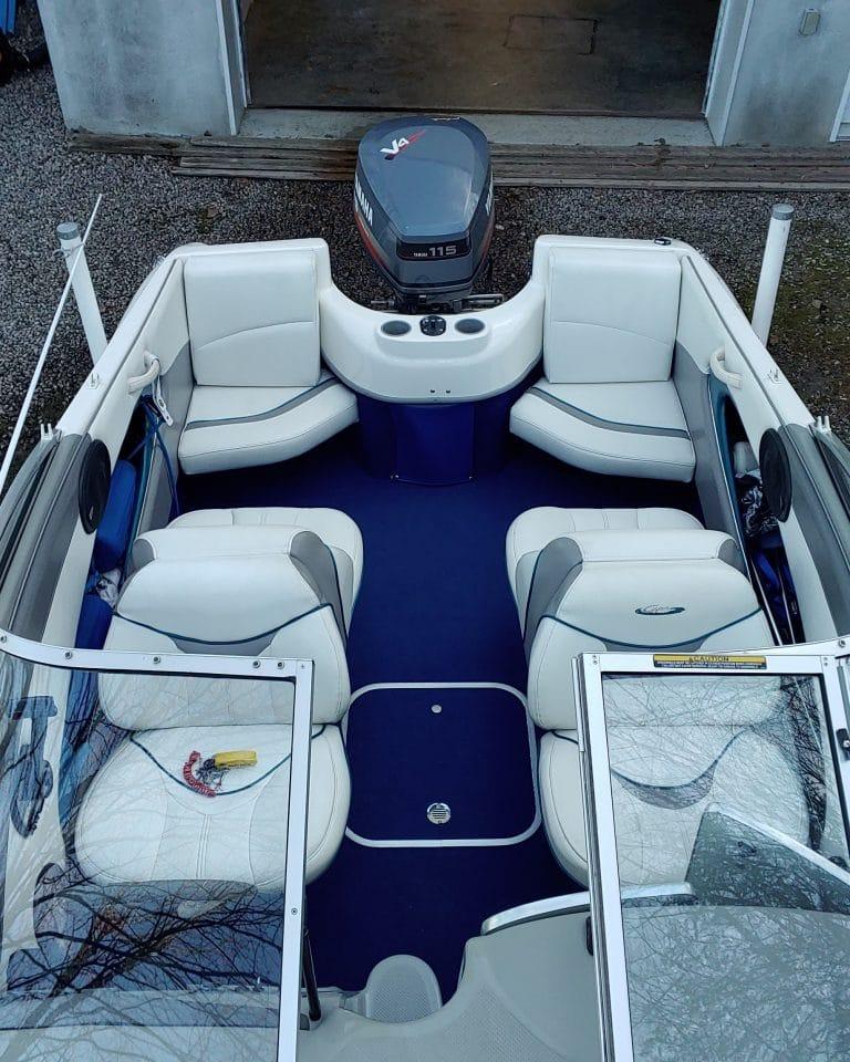 5-bateauVueDessus-768x960