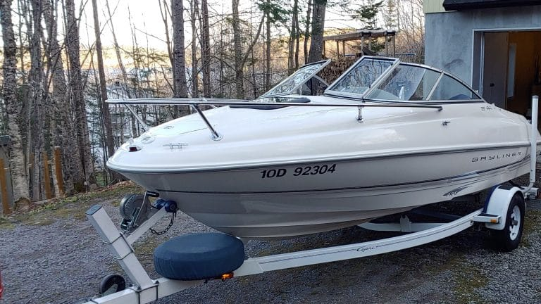 8-bateauDevant-768x432
